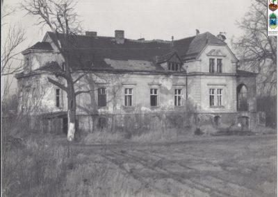 1. Dworek na Zabrzegu. Zdjęcie z ok. 1991_92r