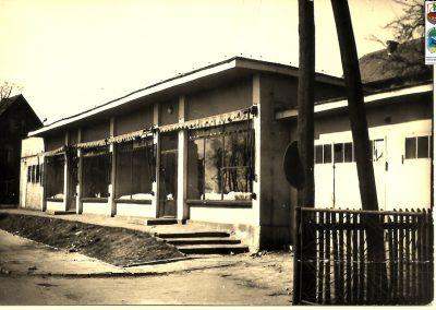 11.ul. Kossaka, pawilony z garażami GS – lata 70-te