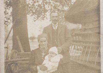 23.Bijasowicki Gospodarz Piotr Kolny (1882-1927) z żoną Anną Podbioł (1899-1992)