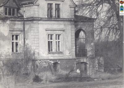 3. Dworek na Zabrzegu. Zdjęcie z ok. 1991_92r