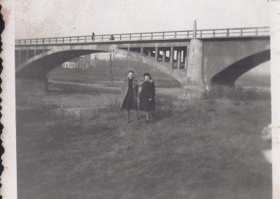 54.Przedwojenny most drogowy nad Wisłą