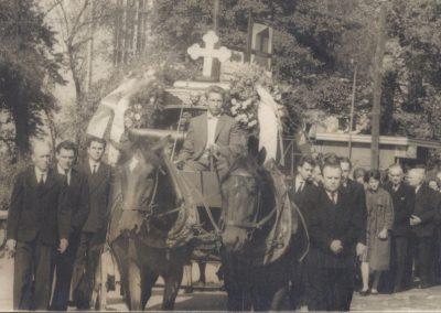 70.Starobieruński karawan pogrzebowy
