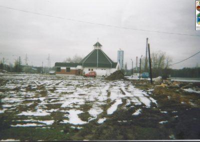 74.Budowa kaplicy cmentarnej przy ul. Soleckiej w 2004 r