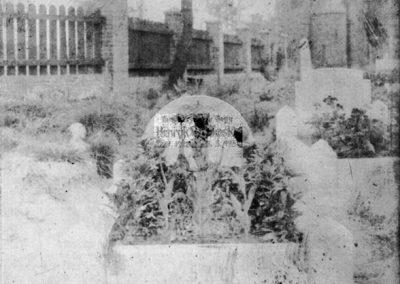 Cmentarz przy kościele NSPJ