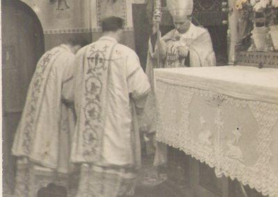 1.Wizytacja bp. Juliusza Bieńka w kościele św. Bartłomieja