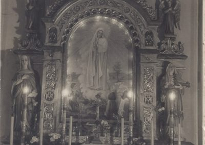 103.Ołtarz boczny Matki Boskiej w kościele NSPJ - 1961 rok