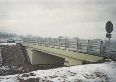 136.Ukończony nowy most nad potokiem Goławieckim do Czarnuchowic w 2012 r