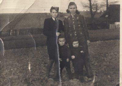 22.Na Zabrzegu przy dworze - 5 czerwca 1944 rok