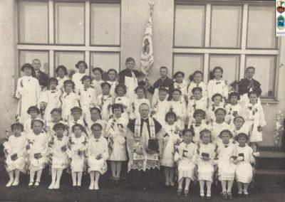 26.I komunia św rocznika 1929 z prob. Augustynem Zającem